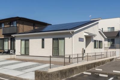 今人気の平屋モデルハウス!3LDK+小屋裏収納に太陽光10.675kw搭載